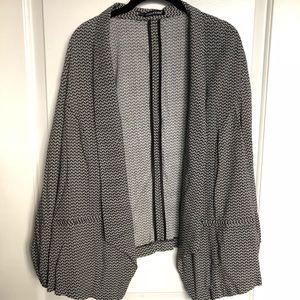 Stylish blazer - black and white design NWOT